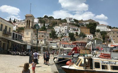 Hydra: an ideal island for depressed people